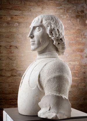 Servizio fotografico arte busto-fotografia di scultura